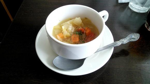 オステリアセンティのランチスープ