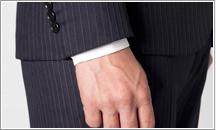 スーツの袖の最適な長さ